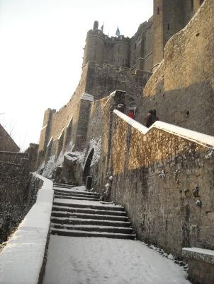 Le Mont-Saint-Michel-vers l'abbaye
